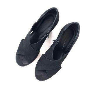 Bernado Henry Crisscross Nubuck Sandals